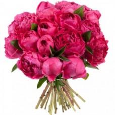 Букет 25 ярко-розовых пионов