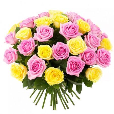 Букет 35 желтых и розовых роз