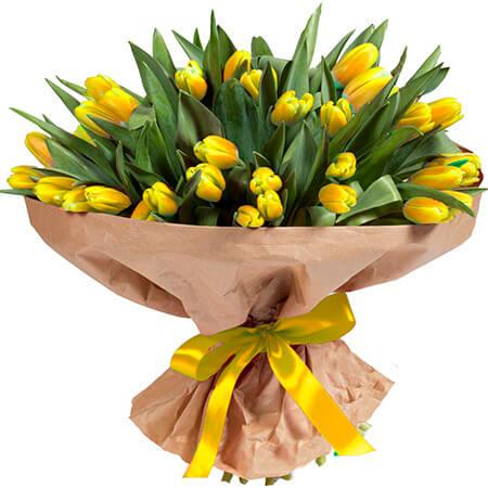 Букет 101 желтый тюльпан в крафте