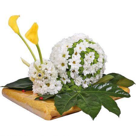 Игрушка из цветов «Улиточка»