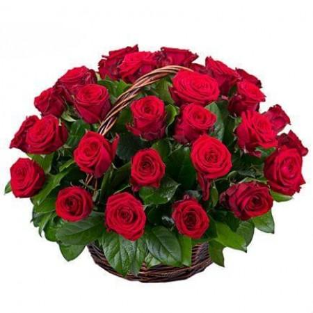 Корзина 35 красных роз