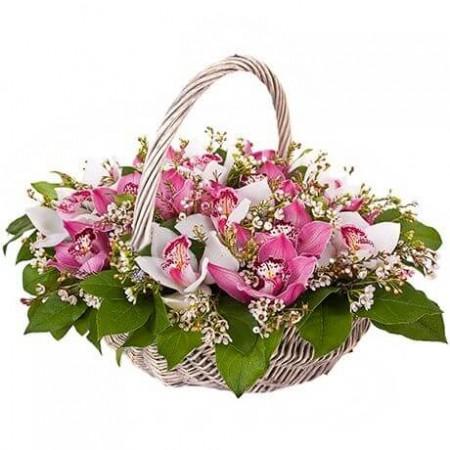 Корзина «Малиновые орхидеи»