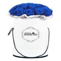 Синие розы в шляпной коробке