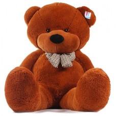 Большой коричневый плюшевый медведь