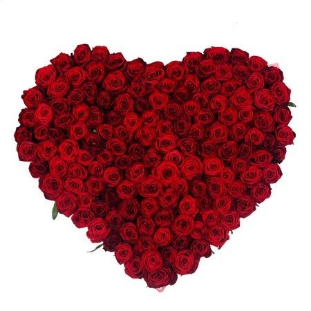 Сердце «145 красных роз»