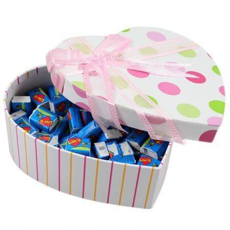 Коробка жвачек Love Is...